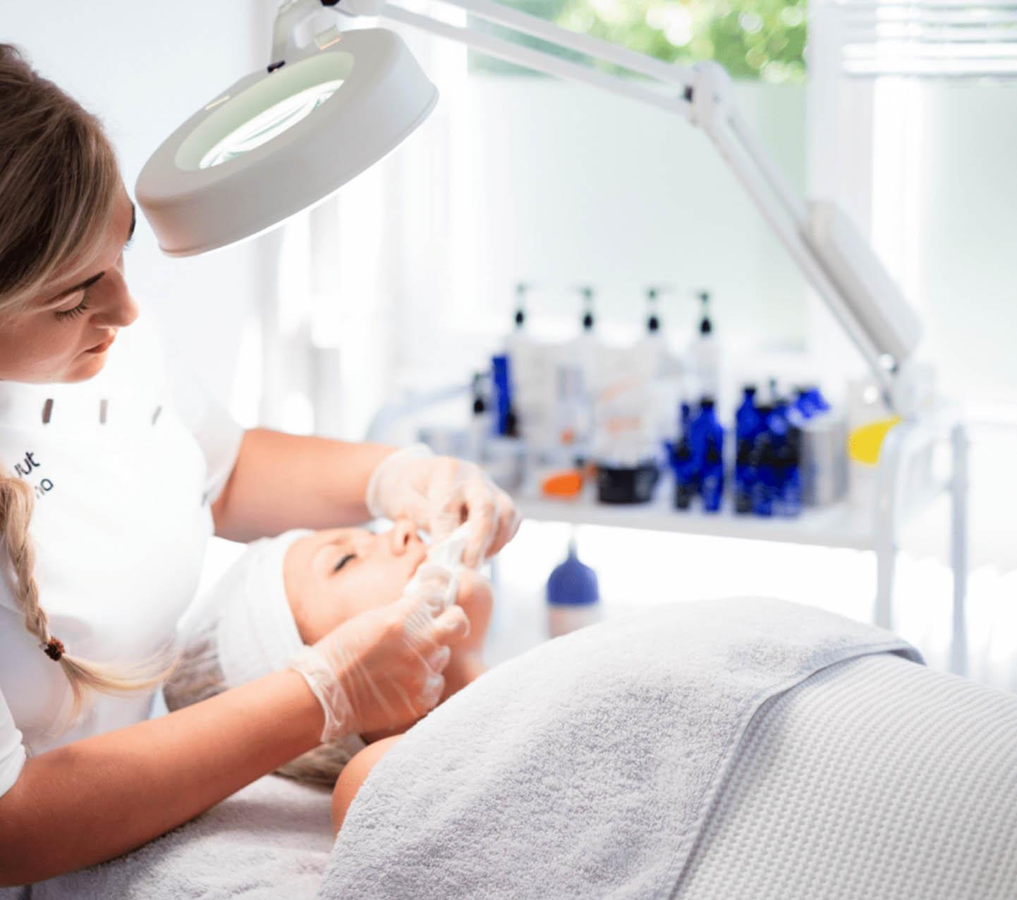 acne-behandeling-instituut-cosma-heerlen-kerkrade-parkstad-acné